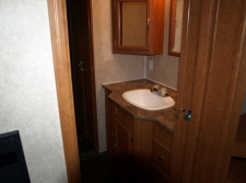 Wilda's Roost bathroom